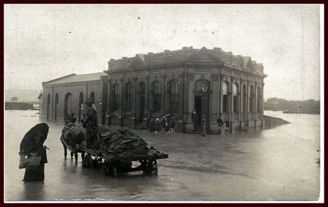 PH 911 Ephemera - Postcard Gas Works Office 1927 flood_Page_1_Image_0001